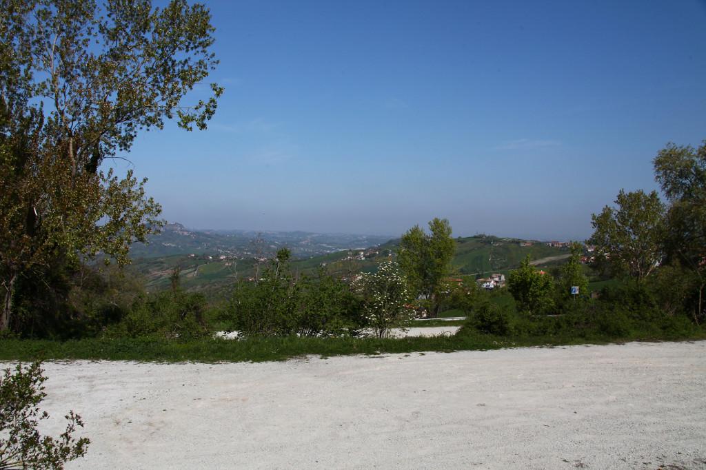 San Marino - Blick von unserem Stellplatz in Richtung Adria