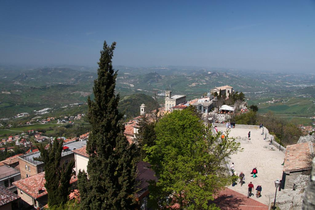 Blick von Festung Rocca in Richtung Palazzo Pubblico