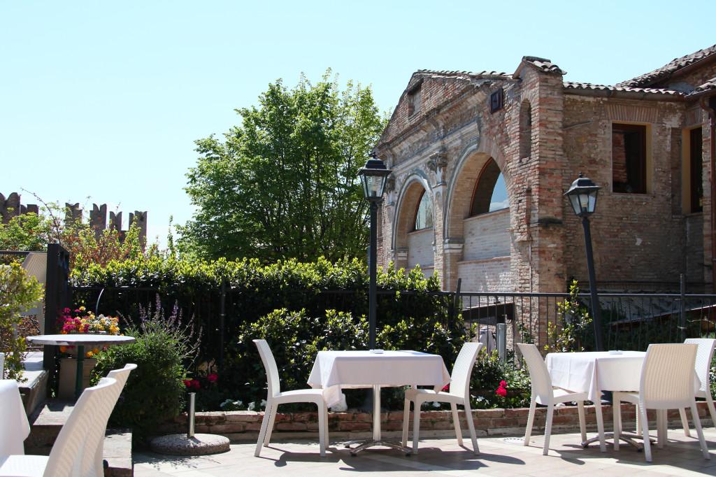 "Gradara - Restaurant ""Mastin Vecchio"""