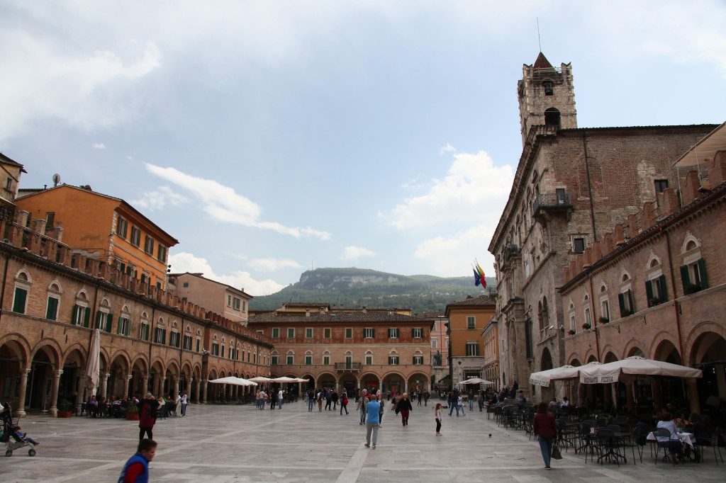 Ascoli Picena - Piazza del Popolo