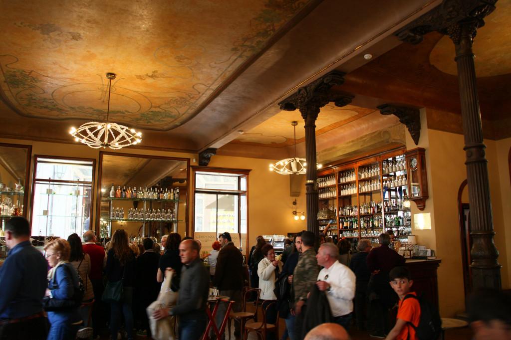 """Ascoli Picena - Jugendstil-Café """"Meletti"""""""