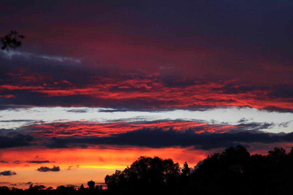 Der erste von vielen wunderschönen Sonnenuntergängen, die wir noch erleben dürfen