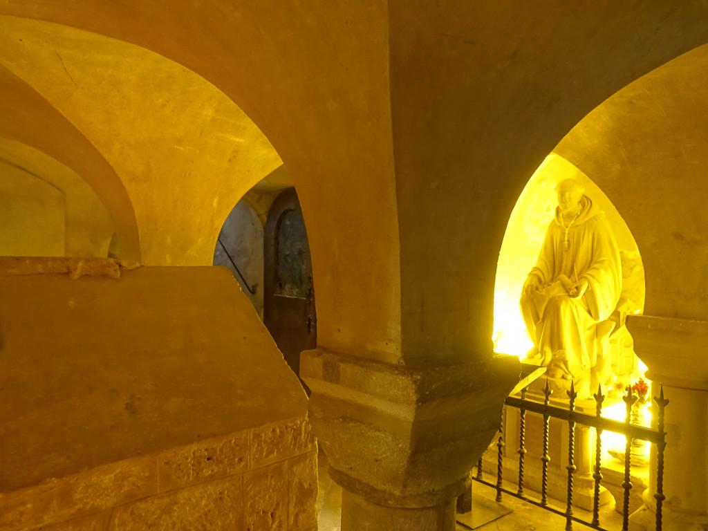 Noirmoutier - Kirche Saint Philibert - die Krypta stammt aus dem 8. Jhdt.