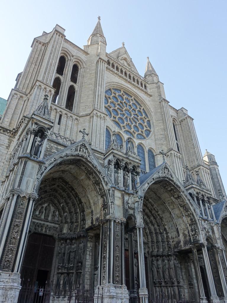 Chartres - Kathedrale - das mächtige Querschiff