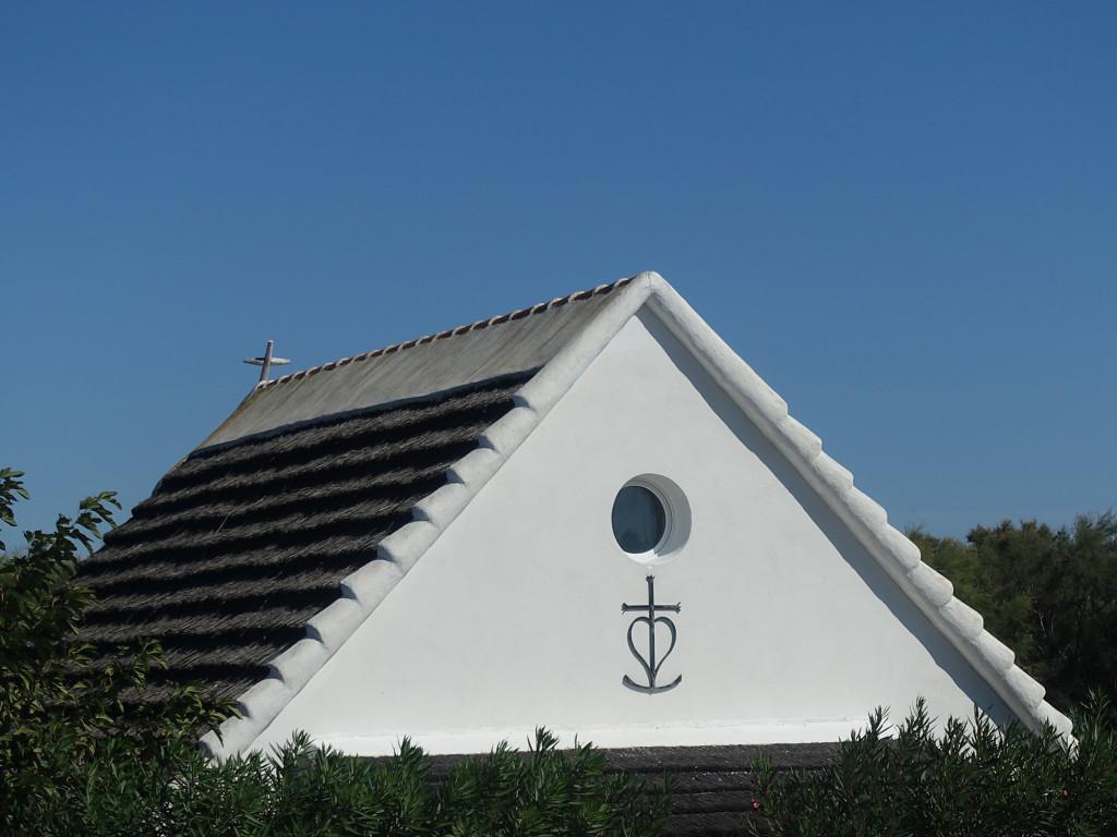 """Camarque-Haus mit dem """"Kreuz der Camarque"""""""
