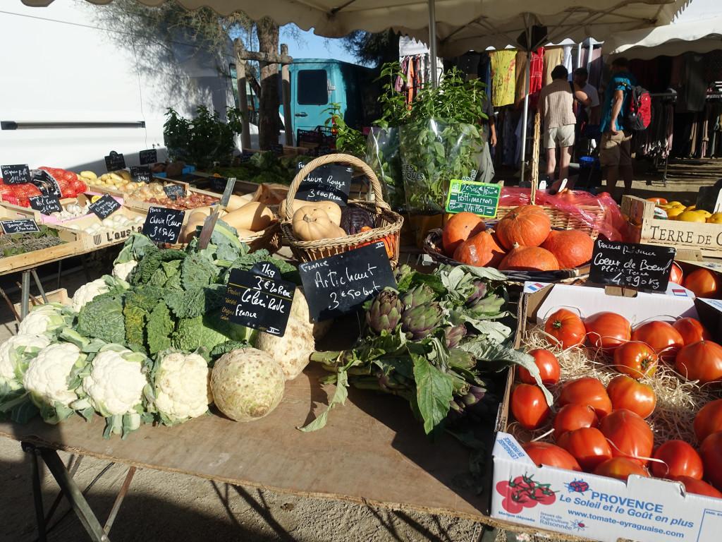 Markt in Les-Saintes-Maries-de-la-Mer