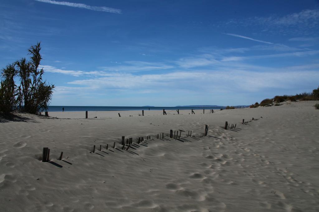 La Grande-Motte - am endlos langen Strand dürfte auch in der Hochsaison genug Platz sein