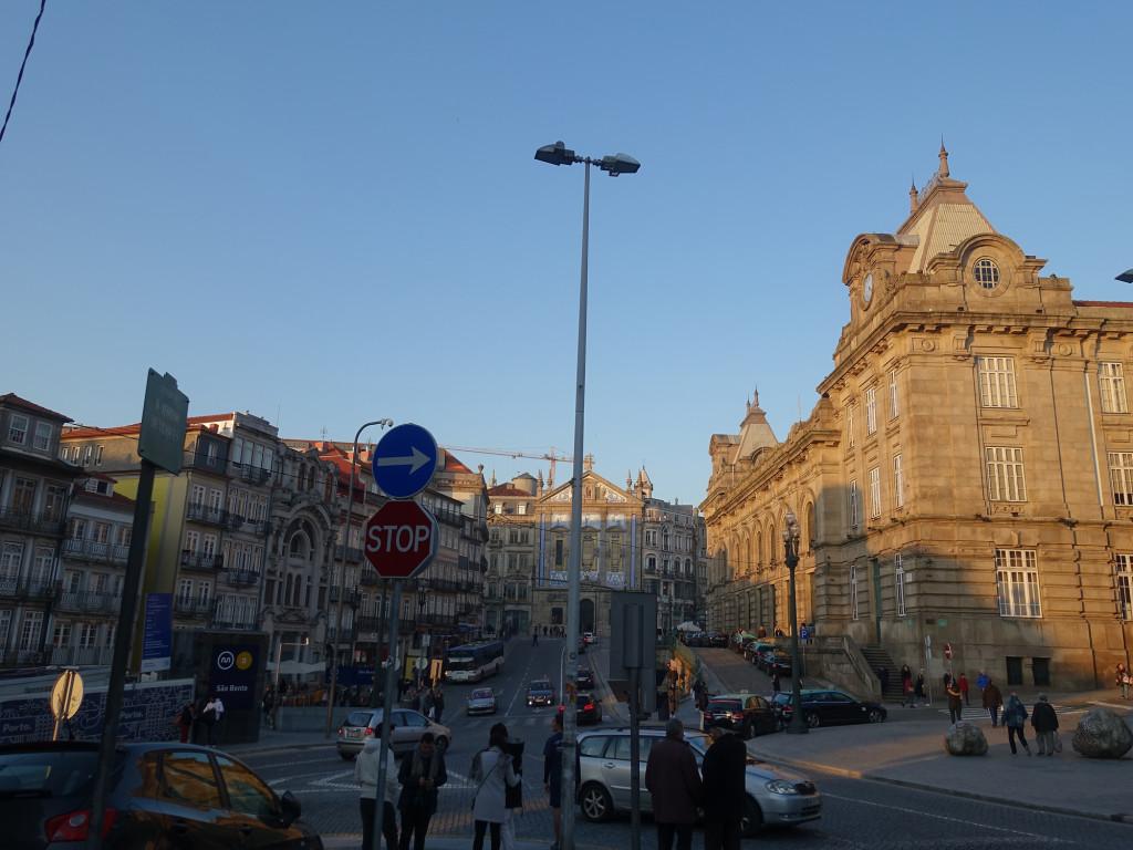 """Im Foto rechts der Bahnhof """"São Bento"""" - den wollen wir erst morgen besichtigen"""